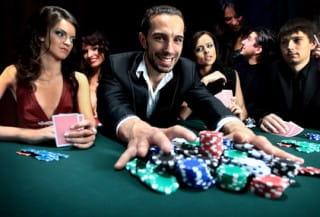 Blackjack - Die Verschiedenen Strategien beim Kartenzählen